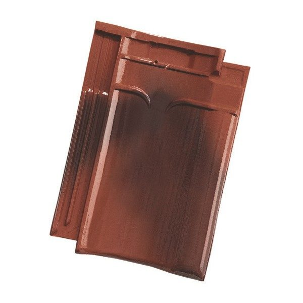Single product shot of a VHV Rustiek Geglazuurd roof tile